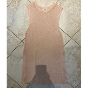 Long knot tank top from Wilfred, aritzia!!